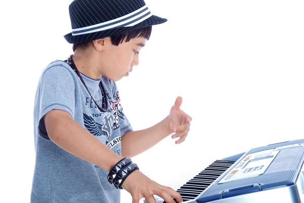 keyboards-boy
